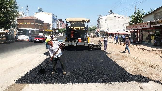 Büyükşehir Belediyesi Alt Yapısı Biten Caddelerin Asfaltını Yeniliyor