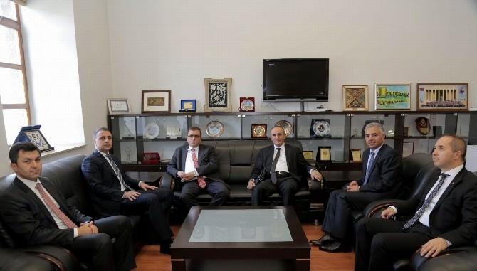 Halk Bankası Genel Müdürü Taşkesenlioğlu'ndan DTSO'ya Ziyaret