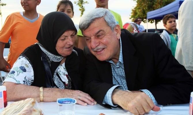 """Başkan Karaosmanoğlu: """"Sıla-i Rahimi İhmal Etmeyelim"""""""