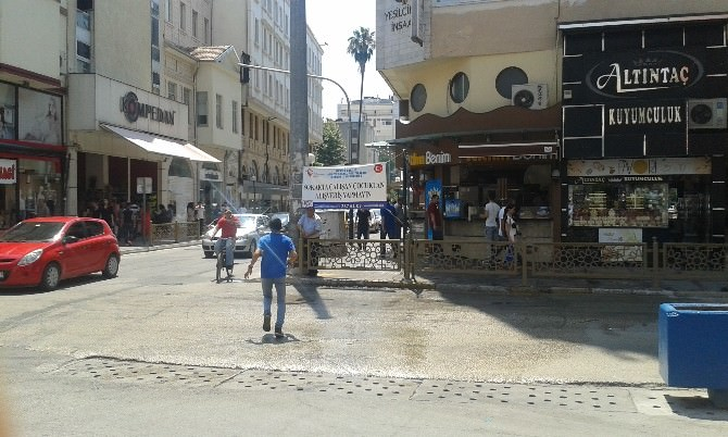 Vatandaşlar Sokakta Çalışan Çocuklar Konusunda Uyarılıyor