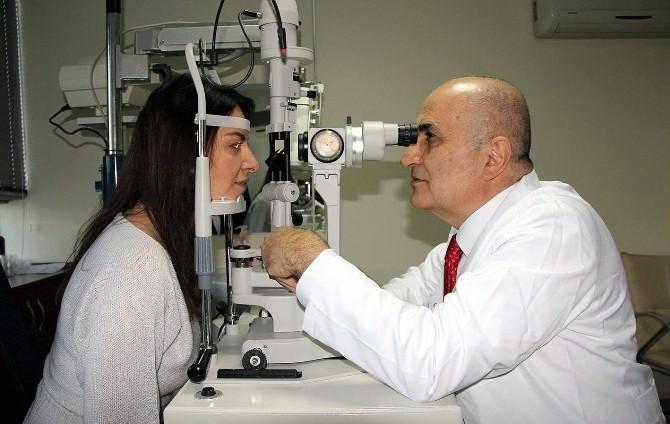Porf. Dr. Ömer Kamil Doğan: Havuzda Serinlemek İsterken, Göz Enfeksiyonu Kapmayın