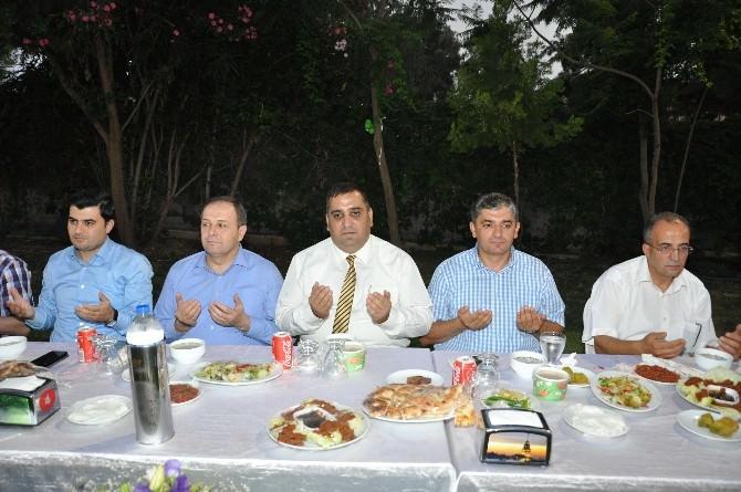 Başkan Can, Tarsus Ve Çamlıyayla Kaymakamlarına Veda Yemeği Verdi