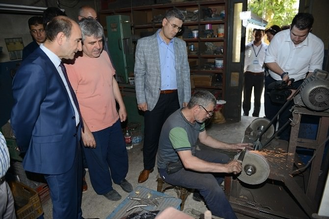 Başkan Edebali'den Esnafa Destek