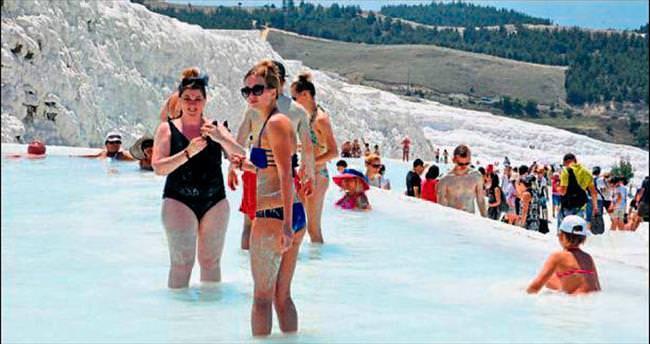 Pamukkale'ye turist bayramda gelecek