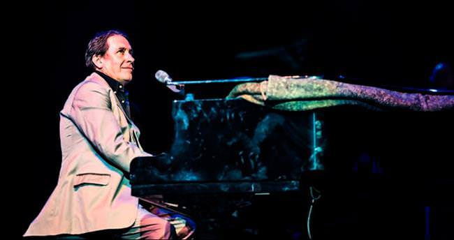 Jools Holland'la müzikal yolculuk
