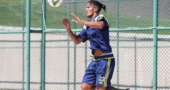 Alves takımdan ayrı çalıştı