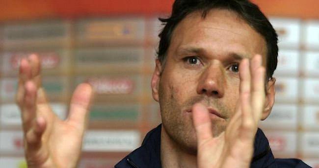 Marco van Basten milli takıma geri döndü