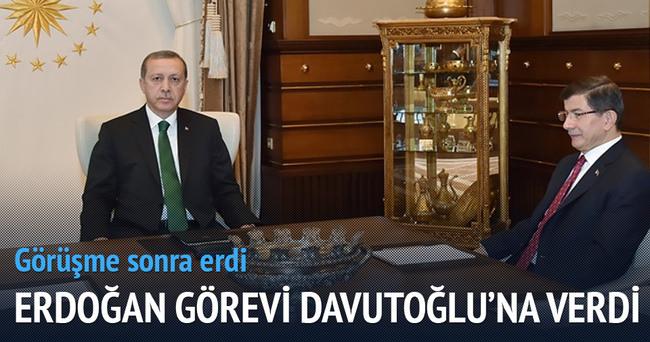 Erdoğan görevi Davutoğlu'na verdi