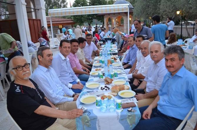 Dalyan'da Yabancılar İslamiyeti İftarda Tanıdı