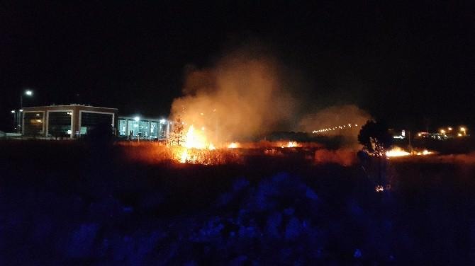 Erzincan'da Anız Yangını