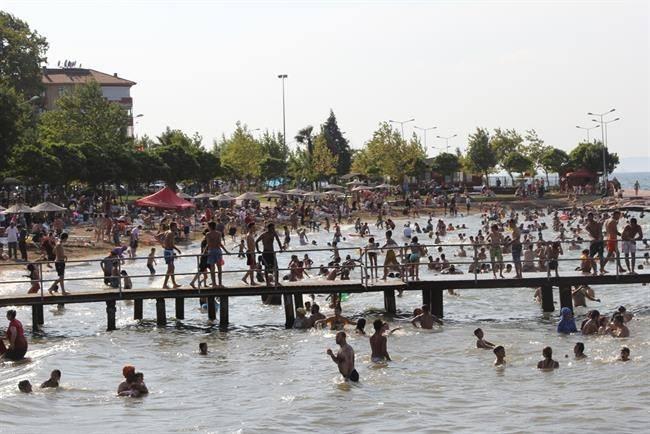 Karamürsel'de Deniz Suyu Temiz