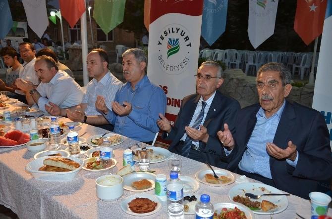Başkan Polat, İftar Yemeğinde STK Temsilcilerini Ağırladı
