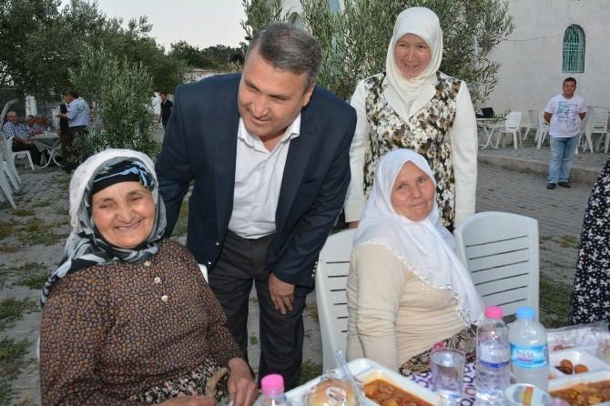 Başkan Çerçi İki Mahallede İftar Programına Katıldı
