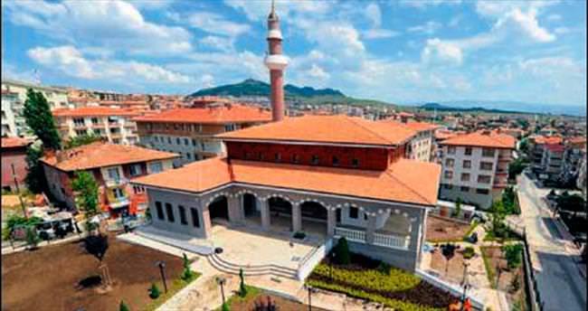 Alemdağ Camisi açılışa gün sayıyor