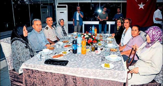 Adana emniyetinden şehit ailelerine iftar