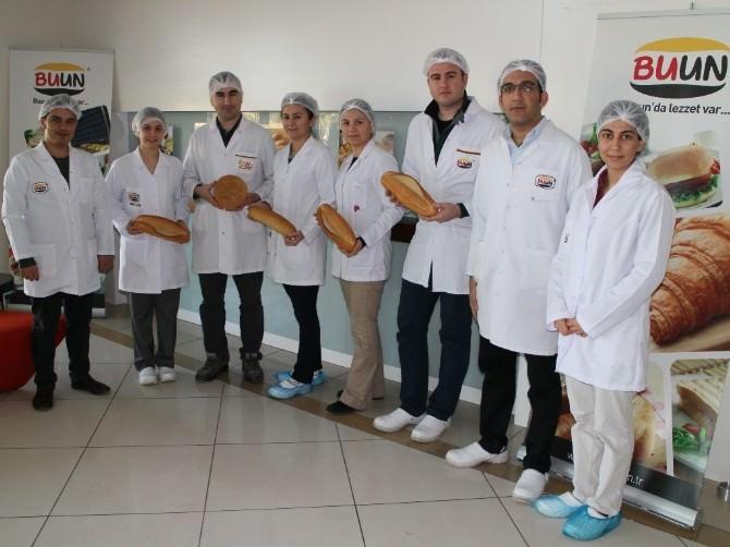Halk Ekmek Fabrikası 160 Kişilik Dev Üretim, Dağıtım Ekibiyle Hizmet Veriyor