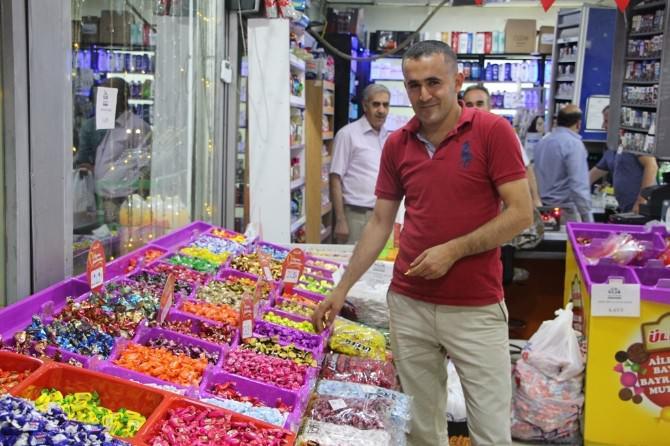 Silopi'de Bayram Şekerleri Tezgahlardaki Yerini Aldı