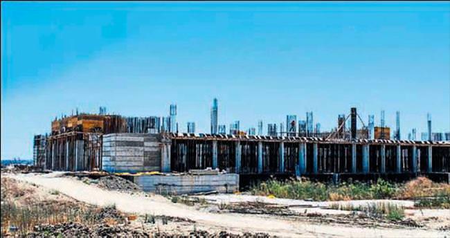 YDÜ Camisi inşaatı sürüyor