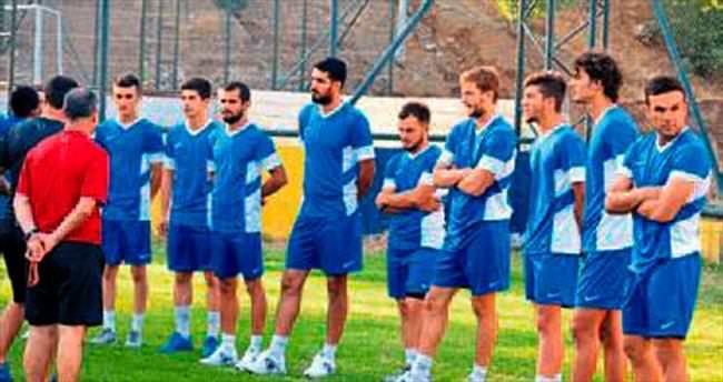 Kırıkhanspor yeni sezon hazırlıklarına başladı