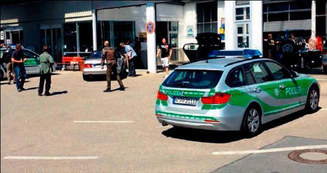 Almanya'da silahlı saldırı: 2 kişi öldü