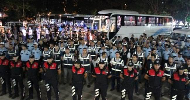 Tam 2 bin polis katıldı