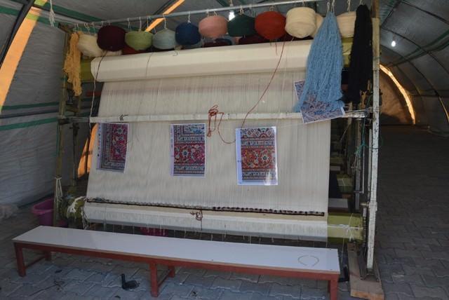 Viranşehir'de Çadırkentte Türkçe Ve Halı Kursuna Yoğun Talep