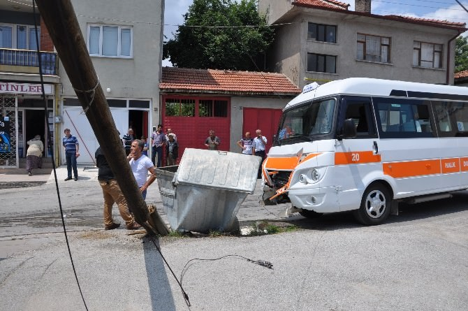 Bozüyük'te Dolmuş Kazası, 5 Yaralı