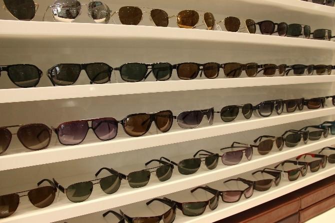 """Ucuz Gözlüklerde """"Optik Ve Ultraviyole"""" Özelliği Yok"""