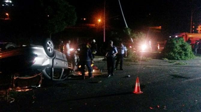 Malatya-elazığ Karayolu'nda Kaza: 2 Yaralı