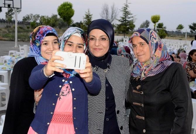 Meram'da Ali Ulvi Kurucu Mahallesi'nde İftar