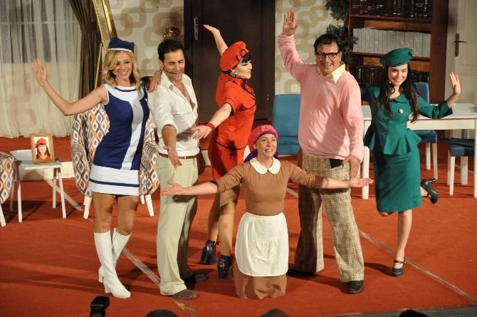 'Abim Geldi' Açıkhava Tiyatrosu'na Sığmadı