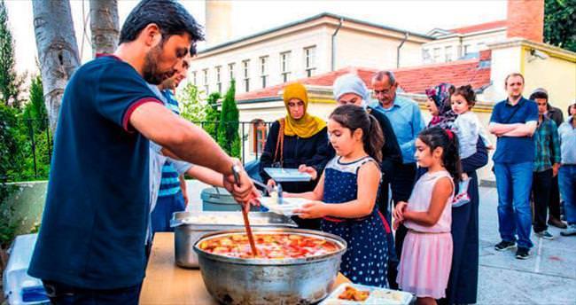 Üsküdar'daki 400 yıllık Hüdayi geleneği