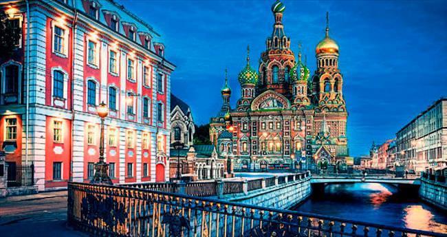 Simge duraklarıyla St. Petersburg
