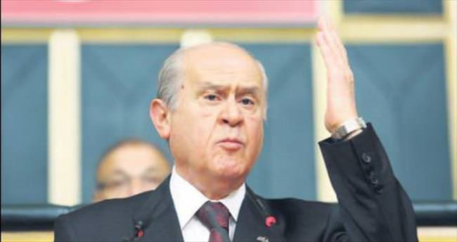 AK Parti'nin ziyaretinde MHP'den nezaket