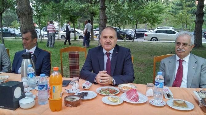 Ahmet Katırcı'dan Veda Yemeği