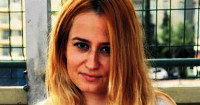 İlk KPSS ders oldu saçını sarıya boyattı