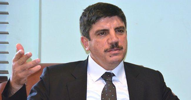 Yasin Aktay: HDP Kürt siyasetinin önünü kapatıyor