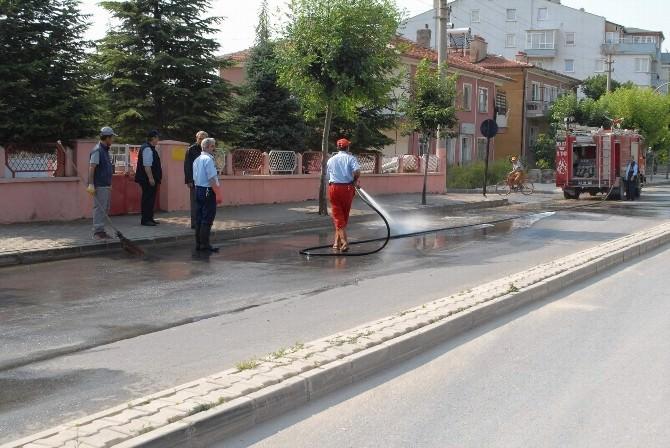 Bolvadin'de Caddelerinde Genel Temizlik?