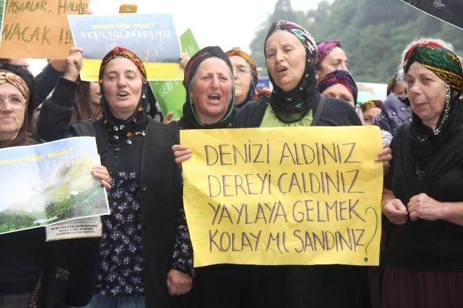 Rize'de 'Yeşil Yol' Protestosu