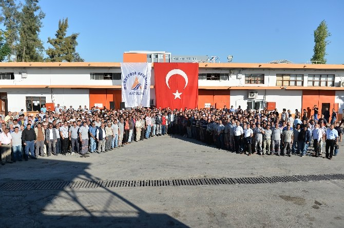 Muratpaşa Belediyesi Çalışanlarının Maaş Ve İkramiyelerini Ödedi