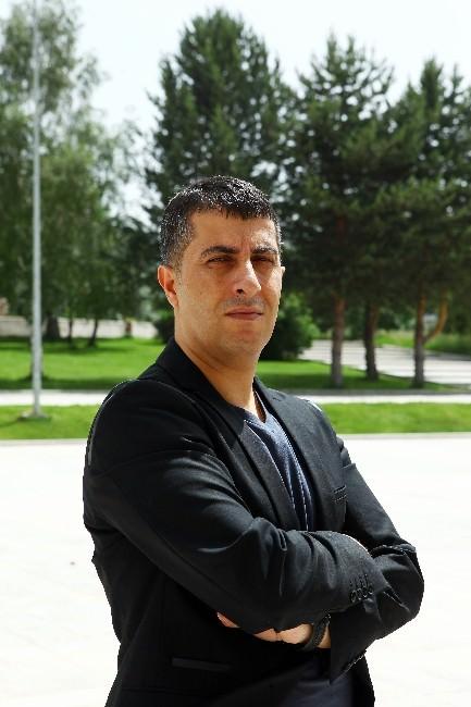 """Yrd. Doç. Dr. Savaş Eğilmez: """"Güvenli Topraklar; Türkiye"""""""