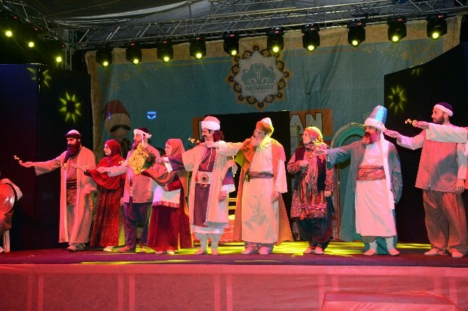 Yunus Emre'nin Hayatı Sahneye Taşındı