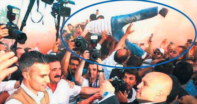 Uçan Türk İngiliz basınında