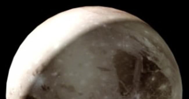 Plüton ismini nereden aldı? Neden gezegenlerden çıkarıldı?