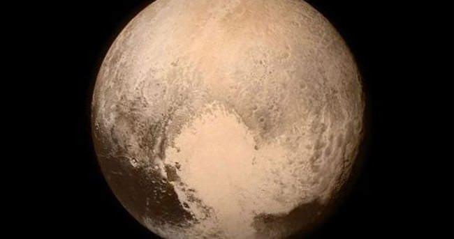 İşte ilk Plüton fotoğrafı