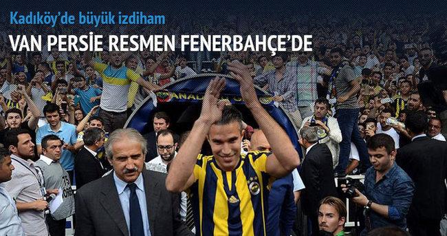 Van Persie resmen Fenerbahçe'de