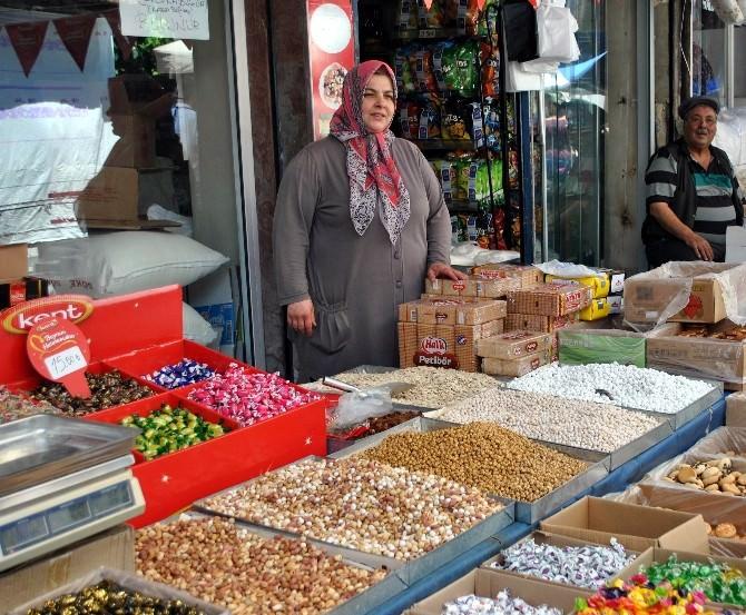Aydın'da Bayram Telaşı Pazarı Bereketlendirdi