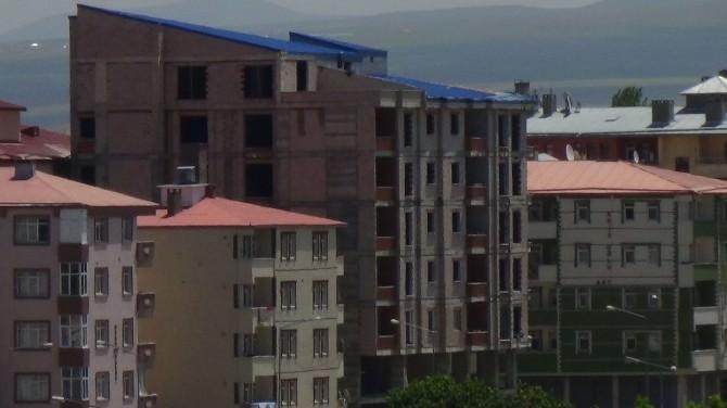 Kars'ın Cadde Ve Sokaklarınde Yeni Konutlar Yapılıyor