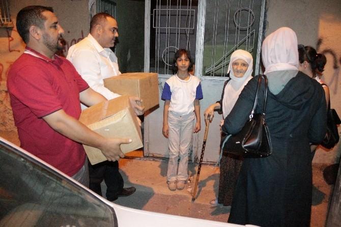 Tsd'den Kadir Gecesi Yoksul Ve Yardıma Muhtaç 100 Aileye Gıda Yardımı