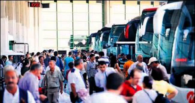 AŞTİ'de günlük yolcu sayısı 100 bine ulaştı